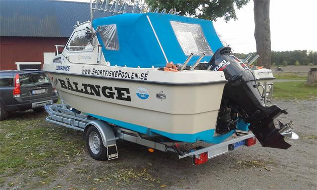 TR1800K med båt