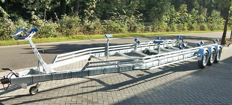 Vlemmix båttrailer TR3500XXL treaxlad